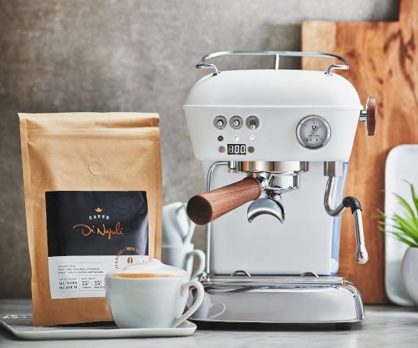 Gagnez une machine à espresso et un an de café