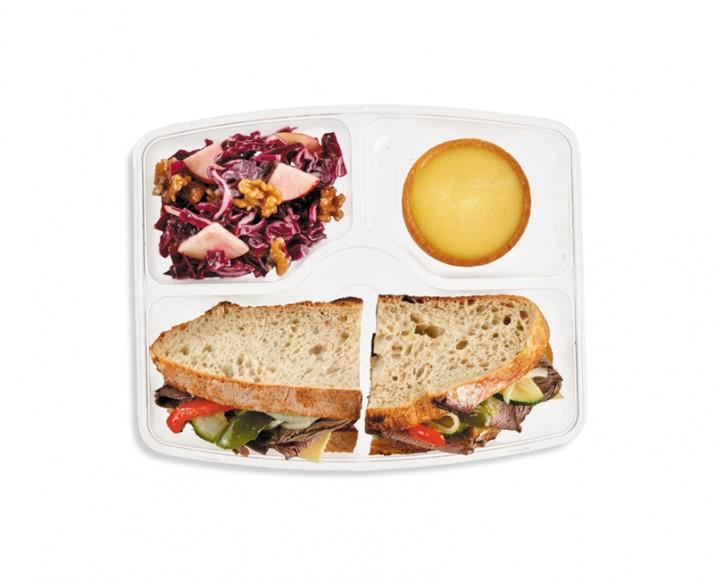 ROAST BEEF & GRILLED VEGETABLES SANDWICH
