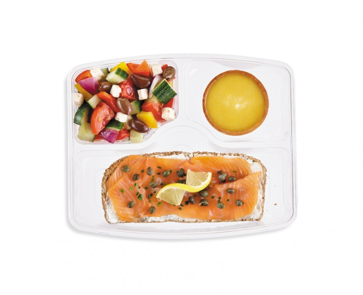 SMOKED SALMON OPEN-FACED SANDWICH IN A MEAL BOX
