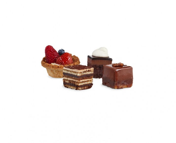 PLATTER OF ASSORTED INDIVIDUAL MINI PASTRIES
