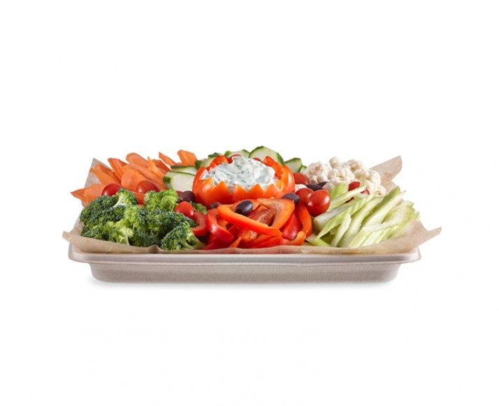 BASKET OF FRESH VEGETABLES AND DIP